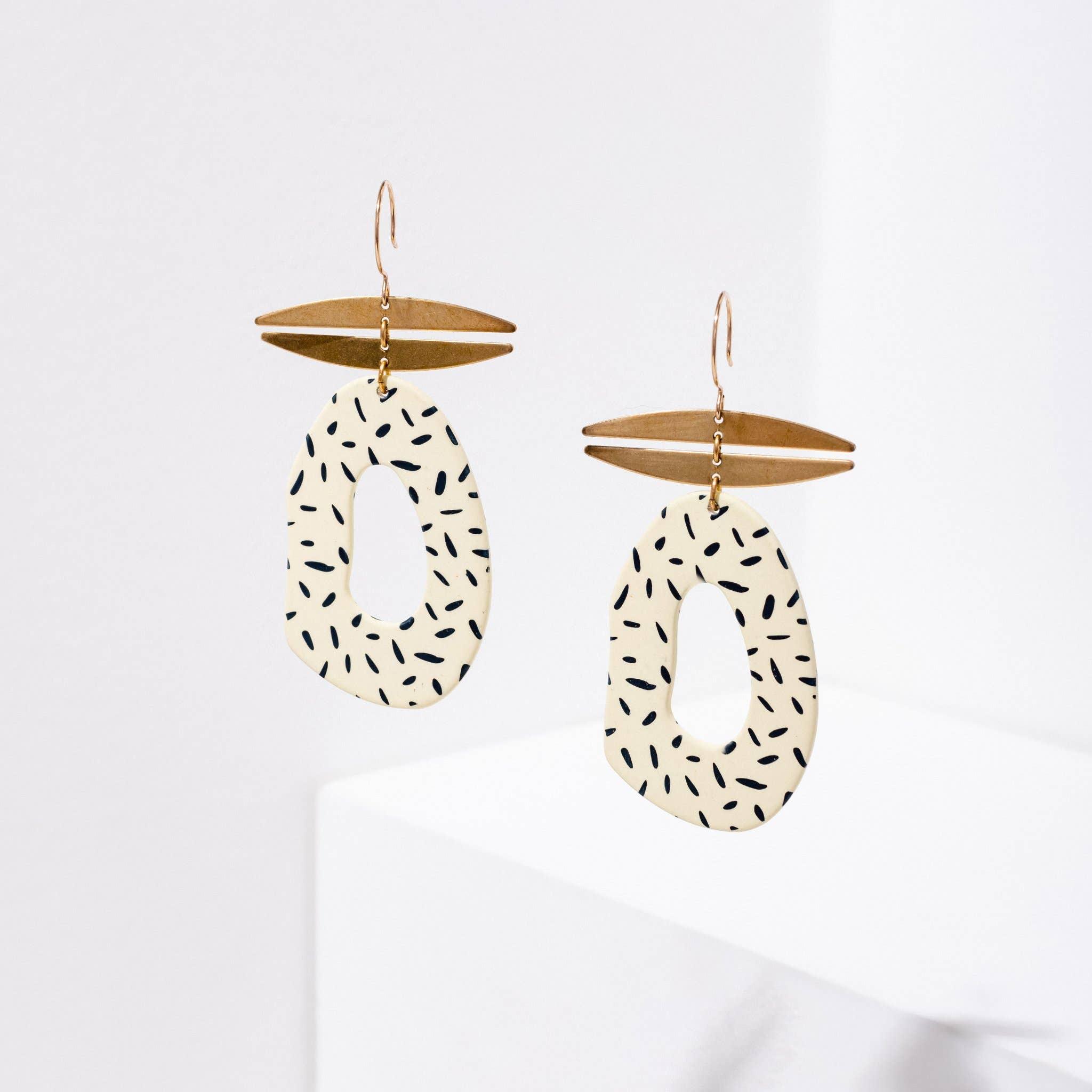 Idelle Earrings Cream Dash